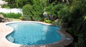 Freeform Kidney Pool